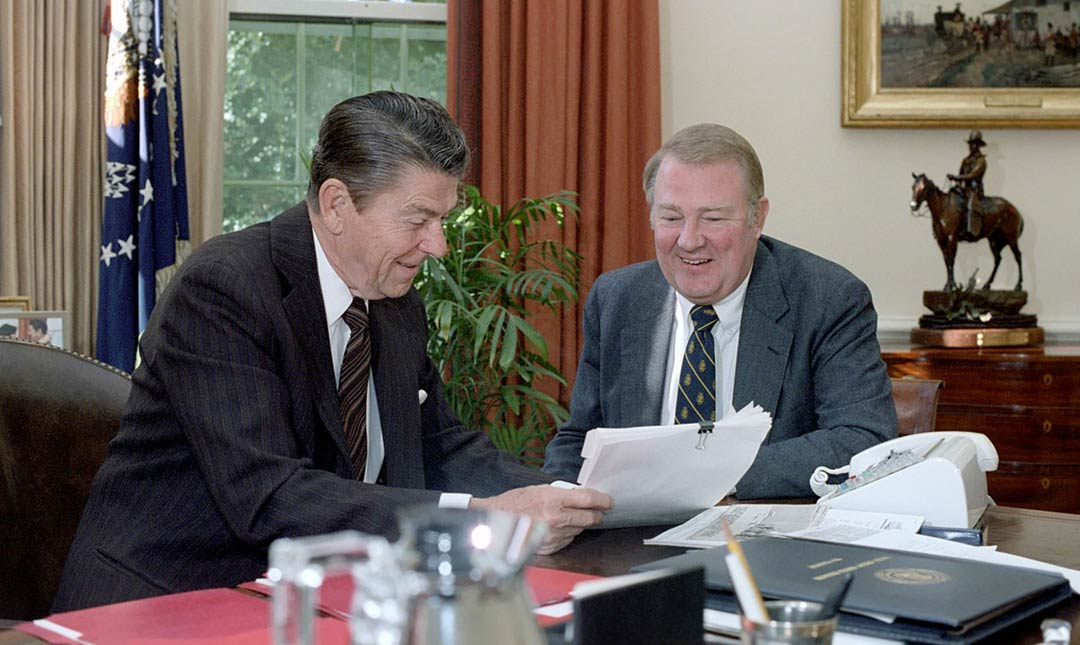 President_Ronald Reagan meeting with Ed Meese